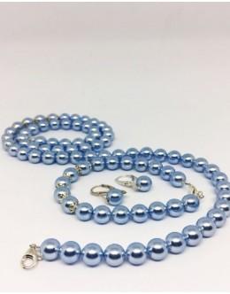 Light blue pearls set