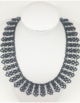 Toho black& white collar 3