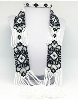 Toho black&white necklace
